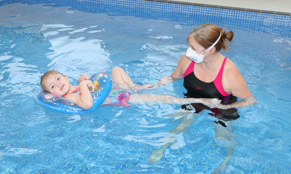 intensive hydrotherapy SDR pool treatment by doctor heather epps of lymden hydrotherapy in reigate